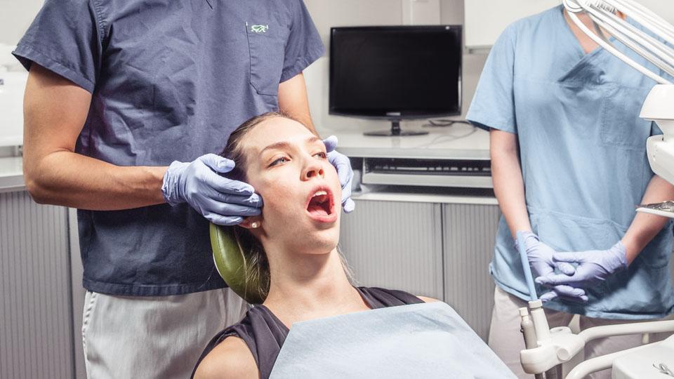 Hammastarkastus on tärkeä osa hampaiden hoitoa ja hammashoitoa